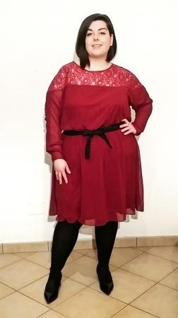 Vestito con ricamo plus-size